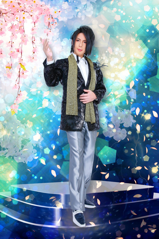 ディナーショーをイメージ!若手演歌歌手ステージ衣装