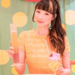 """人気外国人YouTuber """"RinRin Doll""""とKAWAII MONSTER CAFEが期間限定でドリンクのコラボ企画を実施!"""