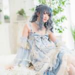 注目の中国モデル・千阳ちゃんが天空チャペルに降臨!クラシックロリータ「青い雲」の透明感が幻想的な美しさを醸し出す