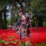 演武「シラット」金メダリストの女子高生、初めての和風ロリータを着る!着物代わりにもお勧めな幻想的な美しさ