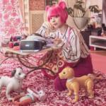 """最上もが×OKAMOTO'S OKAMOTO'S書き下ろしの新曲MV公開 """"優しい世界になってほしい""""メッセージソング テーマは最上もがのツイート「優しい世界になったらいいな」からインスピレーション!"""